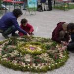 Mandala végétal au sol